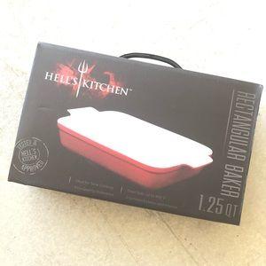 Hell's Kitchen rectangular baker 1.25QT